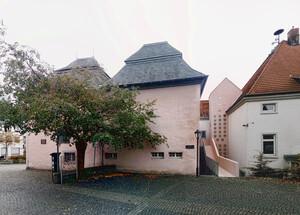 Ansicht Altes Rathaus mit neuem Wappenturm und Erweiterungsbau