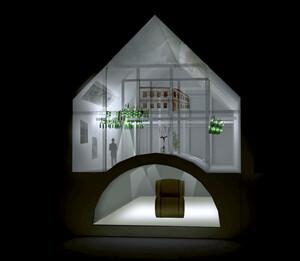 Ausstellungsfläche und Weinkeller