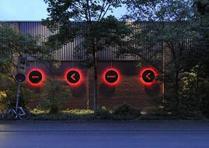 Sequence of lights on the exterior facade