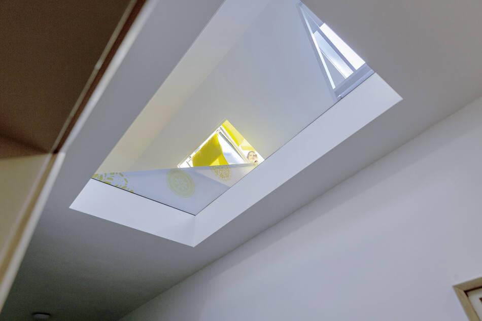 Double skylight and glass floor